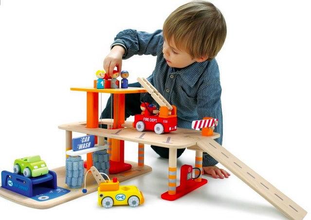 phyiscal toys vs digital toys